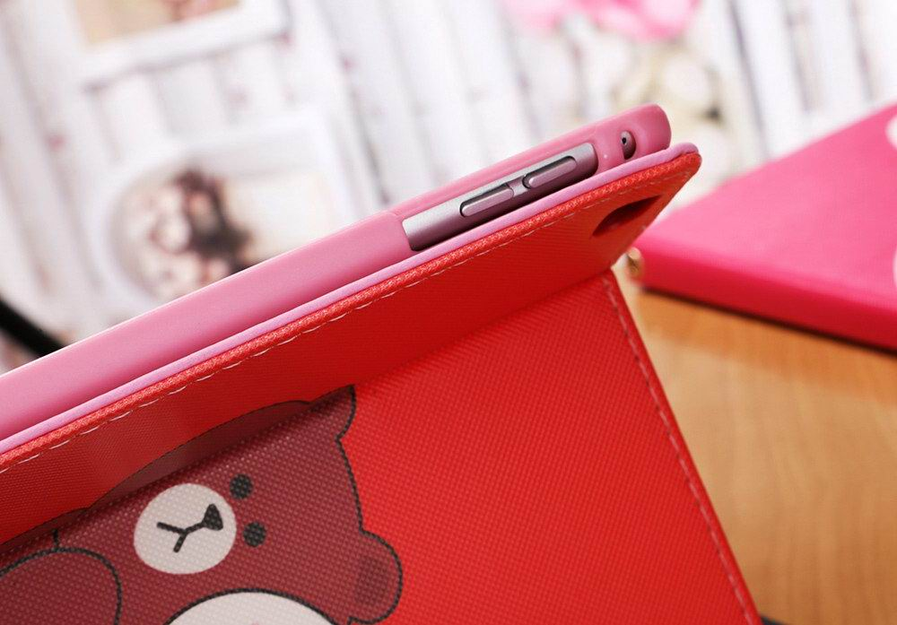 Apple iPad 2, iPad 3, iPad 4, iPad Mini 1, iPad Mini 2, iPad Mini 3, iPad Mini 4, iPad Air 1, iPad Air 2 protective cover with rabbit and bear cartoon pattern
