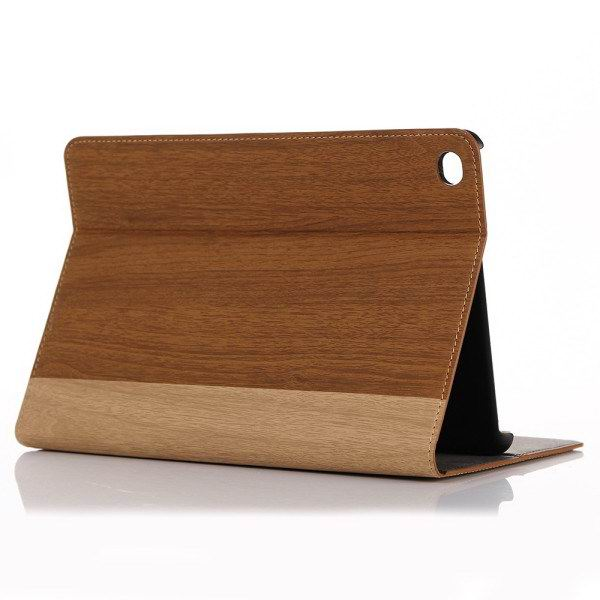 Apple iPad Mini 4 protective case with wood pattern