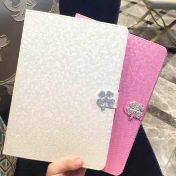 case-with-flower-amp-rhinestones-for-apple-ipad-00